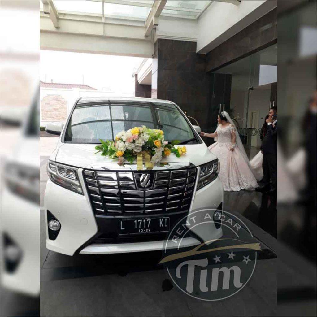 Sewa wedding car murah surabaya
